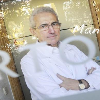 Dr. Javier Aycart Testa