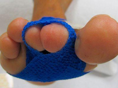 Vendaje del dedo en martillo