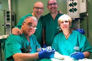 Anatomía y disección del pie para Podólogos, en el que la Dra. Mª del Mar Ruiz participó como profesora, impartiendo técnicas quirúrgicas de pie y tobillo a los alumnos.